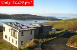Sky Road Villa, Clifden