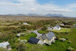 White Thorn House, Clifden