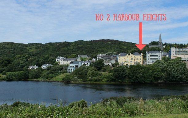 2 Harbour Heights arrow websize