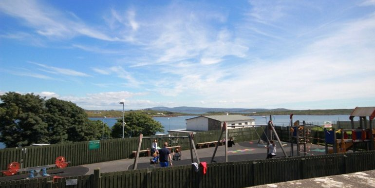 Roundstone Playground new